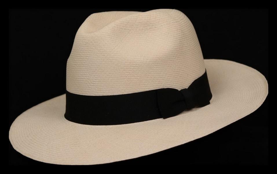 Montecristi Fino Fino Trilby Panama Hat