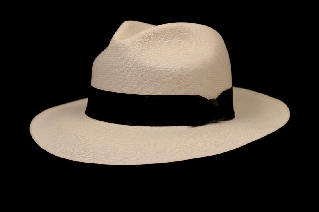 Montecristi Fino Fino Classic Fedora Panama Hat